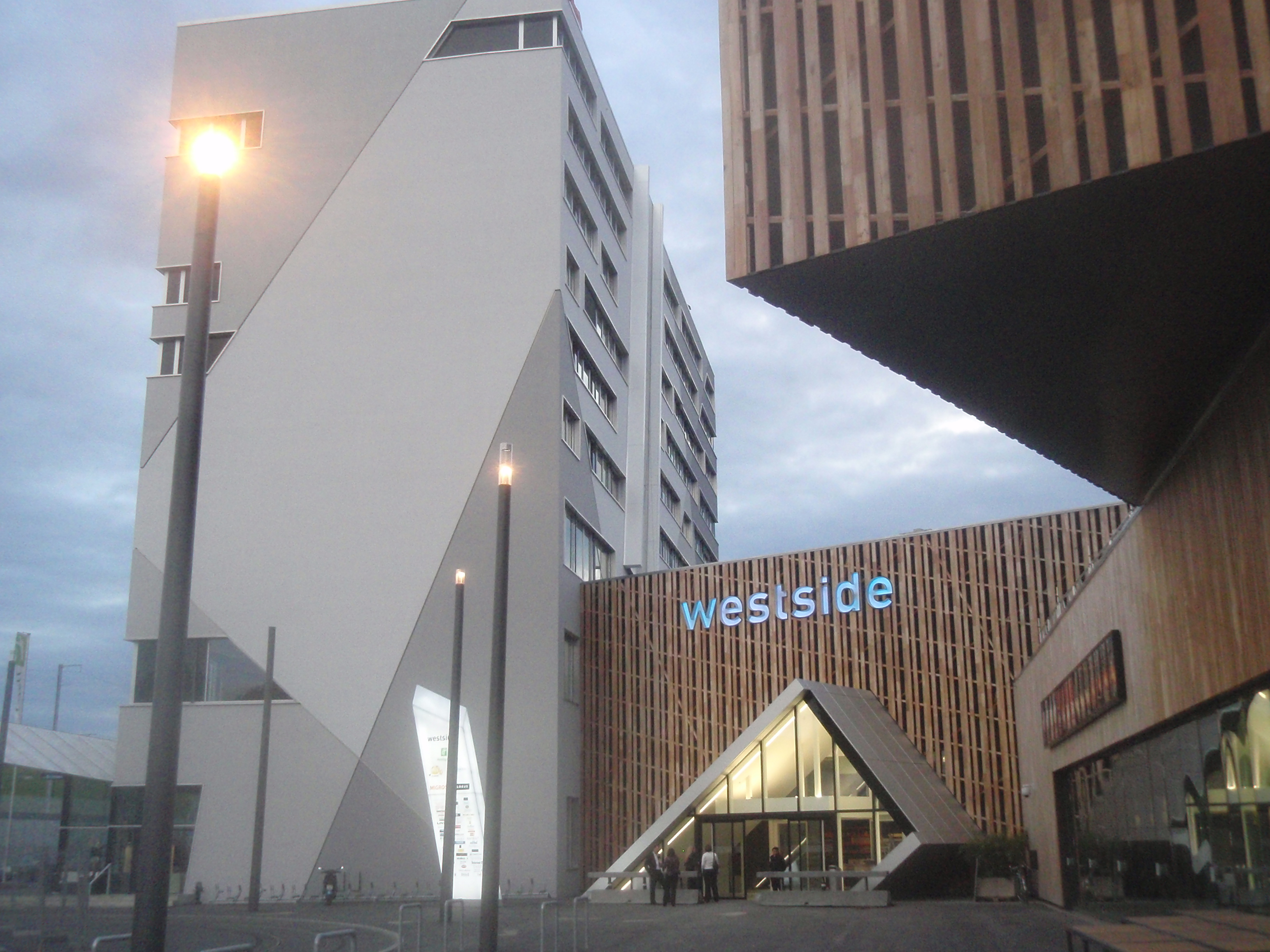 Westside Shopping Erlebniscenter Berne MyCityHighlight